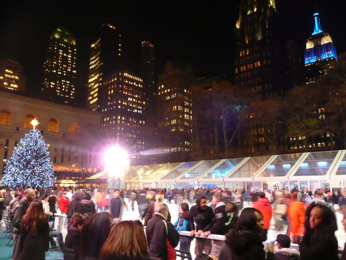 Bryant Park Christmas Market.Bryant Park Christmas Market Nyc Usa Lucky 2b Here